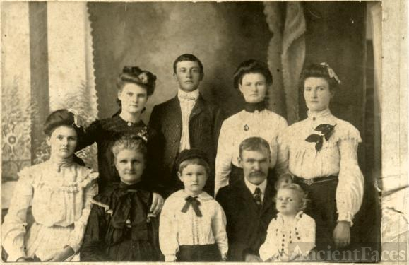 Unknown family from Arkansas