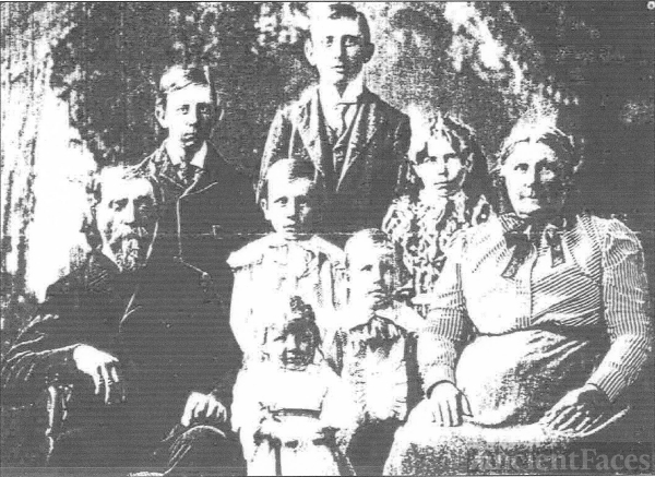 1899 Wobschall Family