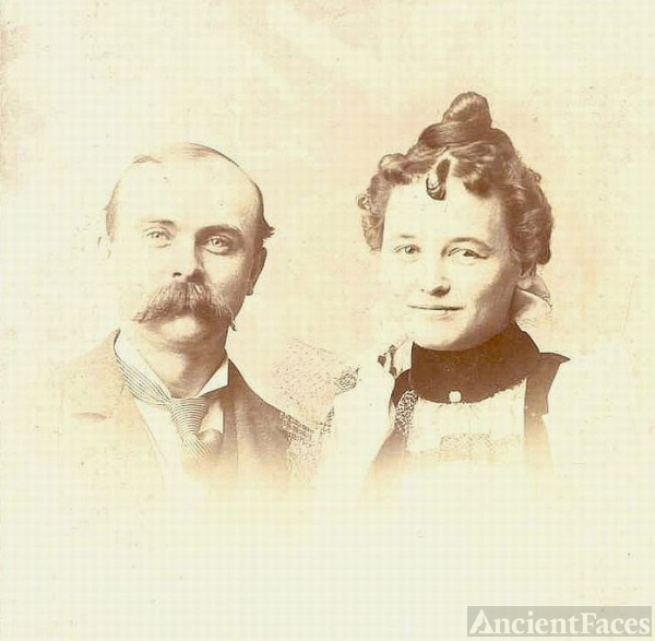 Unknown Kirksville couple