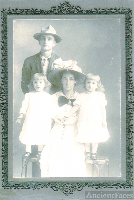 The Jesse Yocum Been Family, Indiana
