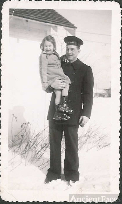 Dad home from Navy