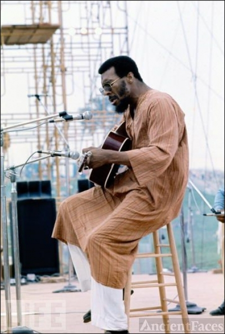 Richie Havens - Woodstock 1969