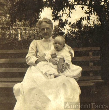Lydia Tice Anderson & Infant Howard 1916