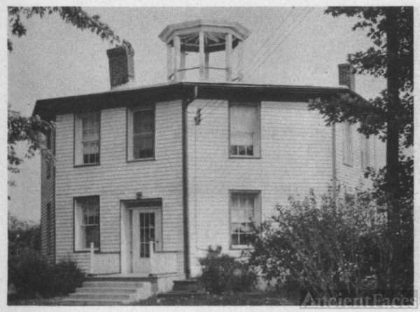 OLD SMITH FAMILY,OCTAGON HOUSE