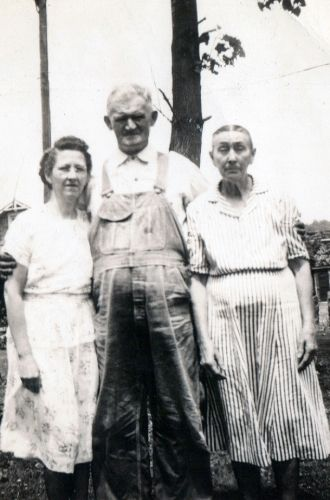 Adel Duckworth, Tom Byard, and Lydia Byard 1950