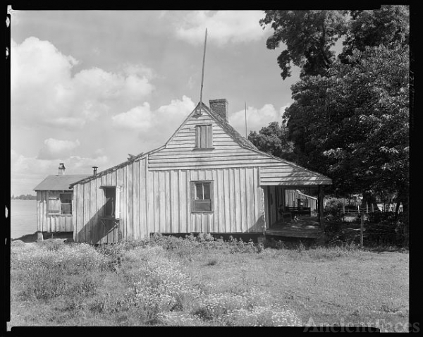 Cottage, old jail, Mix, False River, Point Coupee Parish,...