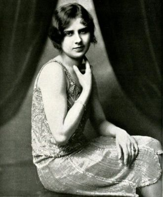 A photo of Betty Helm