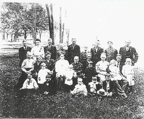 A Joseph H. Miller & Ruth (Sheeks) Family Reunion