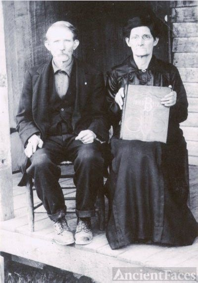 Samuel C and Mary Jane Robison