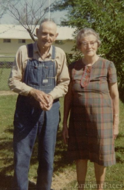 Bill & Nona Caughern-Doyle