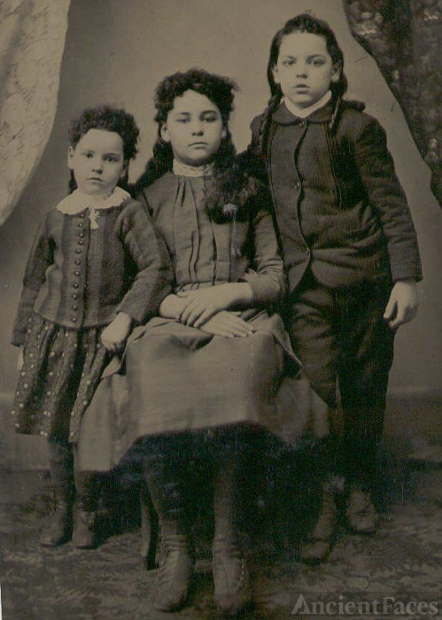 Lil, Louise & Ellsworth Blondin