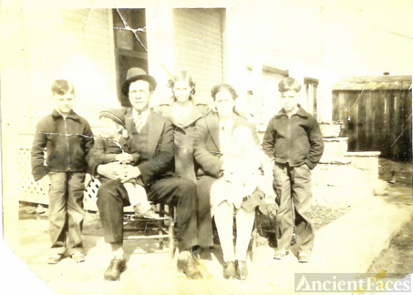 Emery Russell Family