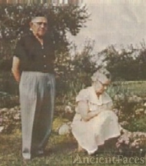 Herbert H, Sr and Anna (Kiska)