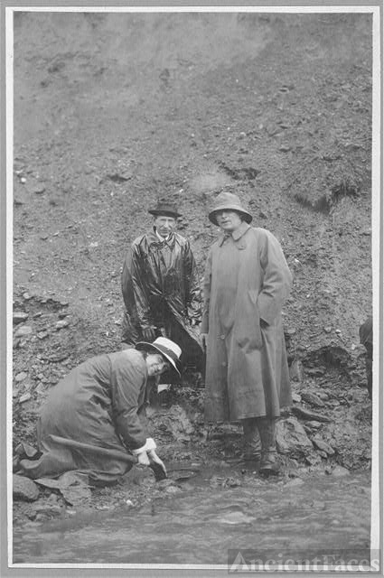 Panning gold in a shovel at Pioneer Mine - Frank G....
