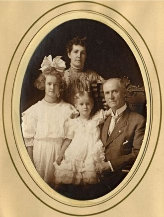Dr. W.C. Marsh & Family, MI 1908
