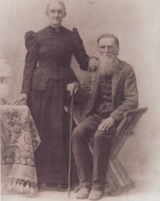 A photo of Nathan & Elizabeth  Collings