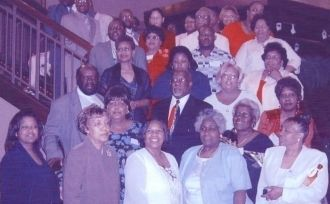 A photo of Robyn,Alice,Vernel,Doris,Bettye  Jordan Descendants