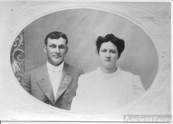 Ernest & Rose Jones, Texas