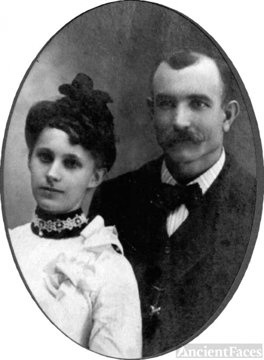 George Nelson & Mary Wilhemina (Peckhart)Groves