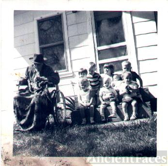Great Great Grandpa kerby with the hasty kids