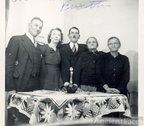 Bertha Koscho (2nd from left) and 4 Siblings