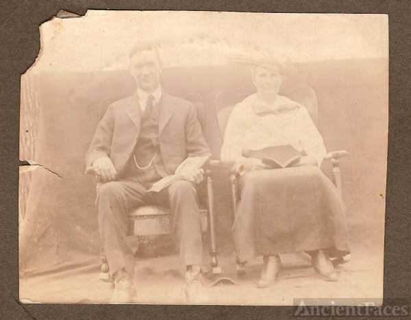 James Roseman Abbott and Minnie Williams Abbott
