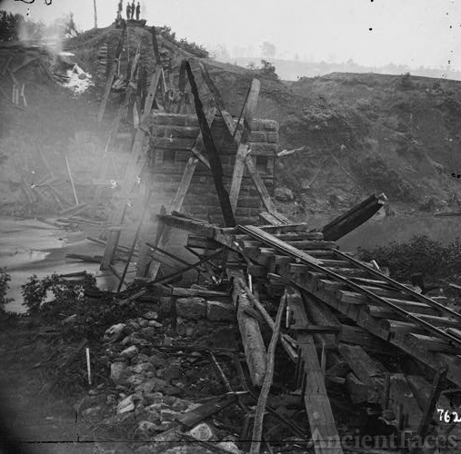 [North Anna River, Va. Destroyed bridge of the Richmond...