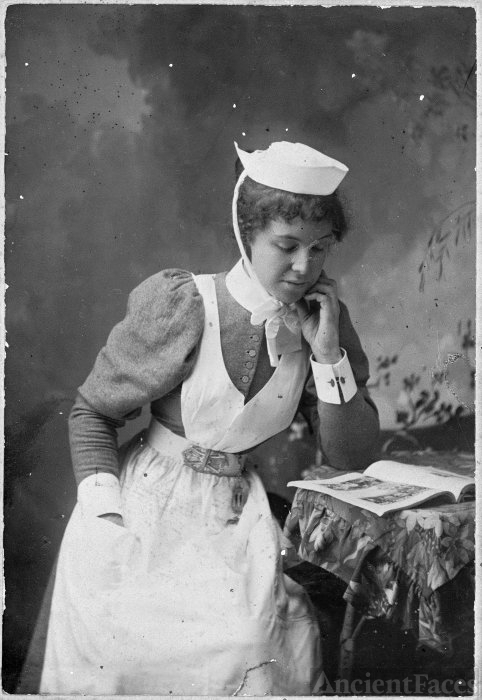 Annie Isobel Cummings, 1900 New Zealand