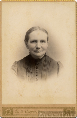 Unknown Woman from California, MO.