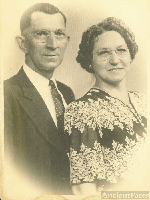 Tony and Lottie (grandparents)