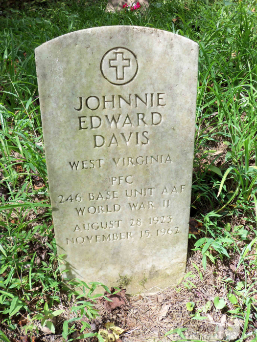 Johnnie Davis Grave, West Virginia