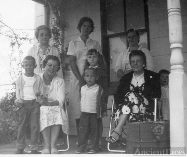 Long/Holmes family of Saltville VA
