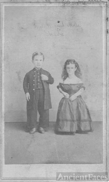 Unidentified 'little people' couple
