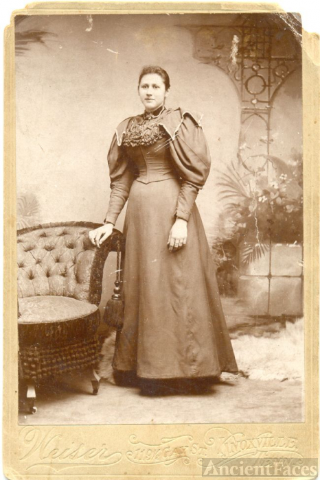 Cox Family Matriarch - Harriet S Cox Walker