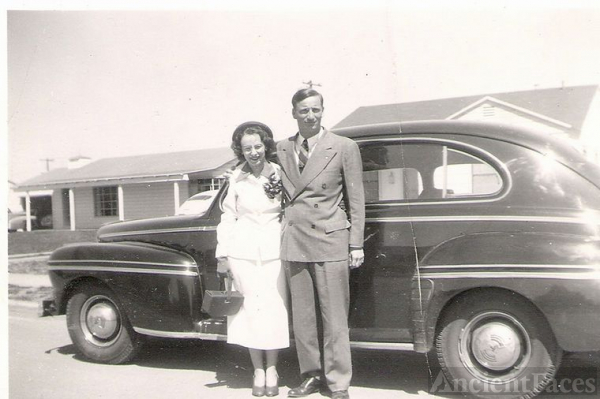 1940's Car, My Mom, and My Uncle Alton Seitz