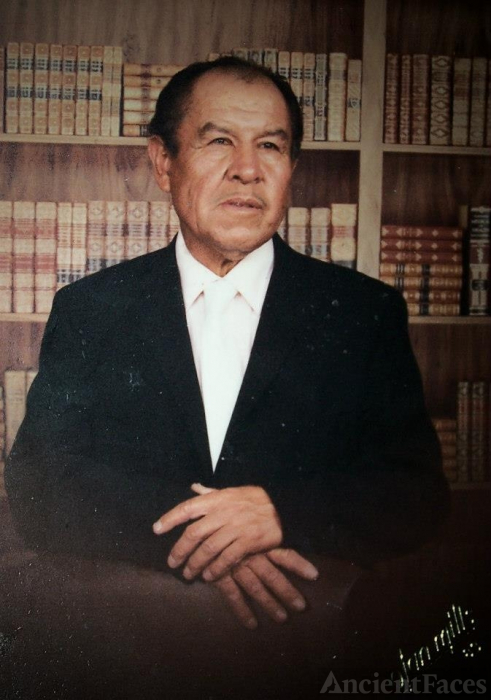 David Valdez Esquivel, library