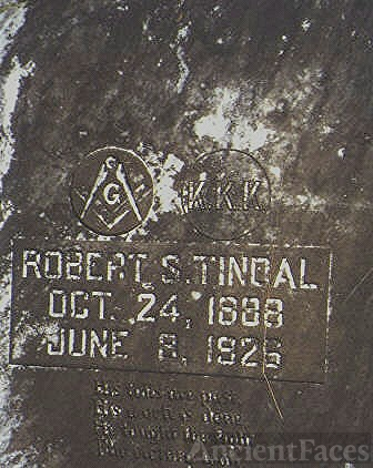 Grave of Robert S. Tindal