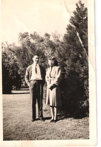 A photo of Lawrence and Clara Hammons