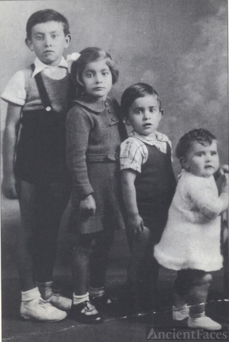 Panigel children c1939