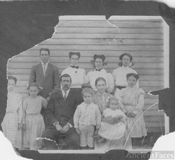 Wm Drury Condley and Family AR