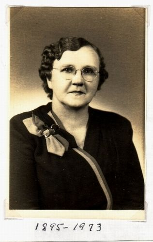 Retta Elizabeth BURRIS - 12 January 1895 - 05 November 1973