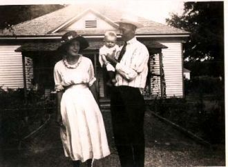 Clara Spruiell and Huey  Dickey