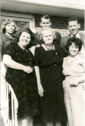 Estella Helen Wilson Shell and family