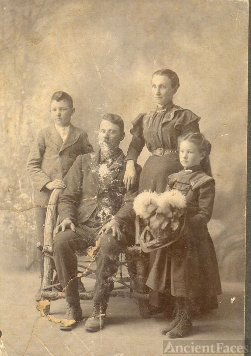 Unknown Family of 4