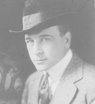 A photo of Milton Sills