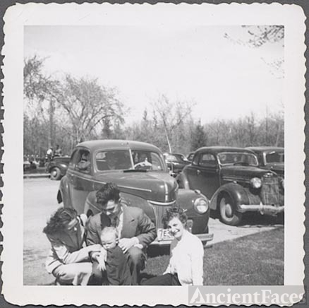 1941 Ford & Emmering family