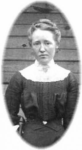 Emma Hodge of Sabina Ohio, 1910