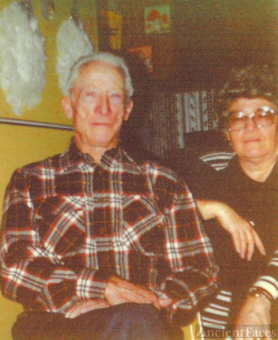 Stanley & Mildred (Howard) Clarken
