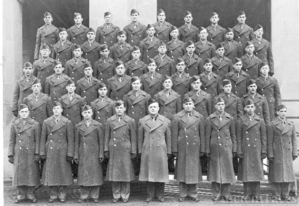 Basic training group in WWII