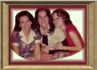 Daughters of Bob and Margie Clark